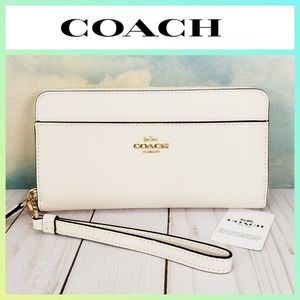 COACH Accordion Zip Wallet Wristlet Chalk